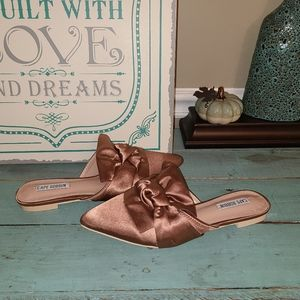 New Cape Robbin Pink Rose Point Toe Flats 6.5